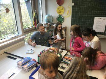 Tobias Ohmann zu Besuch in der Scheffelschule