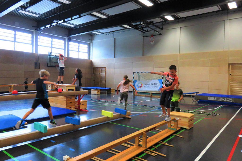 """Aktionstag """"Jugend trainiert für Olympia"""" der Scheffelschule Rielasingen (2)"""
